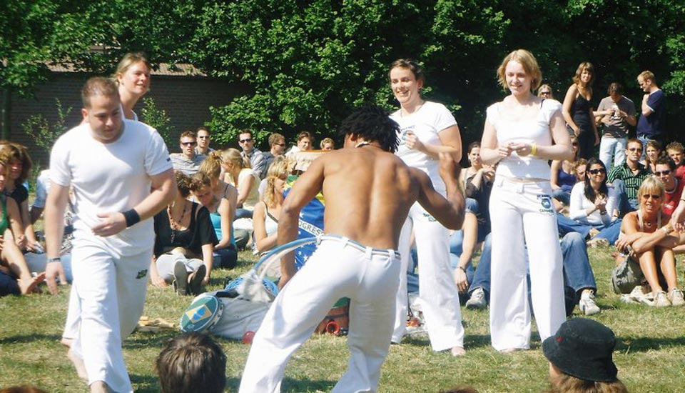 Planeta Capoeira Bevrijdingsfestival Wageningen Doda in actie