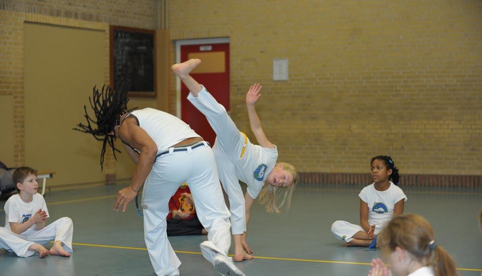 planeta-capoeira-special-sportU2-slider