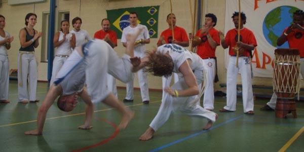 Planeta_Capoeira-Batizado-2007-workshop-volwassenen1