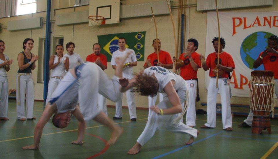Planeta_Capoeira_Batizado_2007_roda_volwassenen