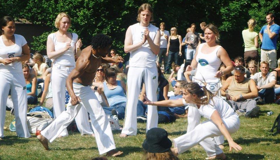 Planeta_Capoeira_Bevrijdingsfestival_Wageningen_Workshop_Volwassenen